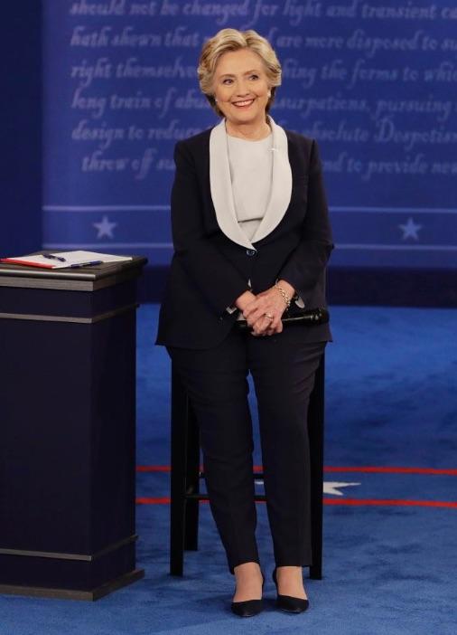 Hillary Clinton Debate Suit Ralph Lauren